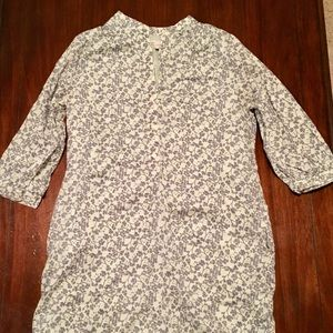 Floral pattern dress with 3/4 sleeves